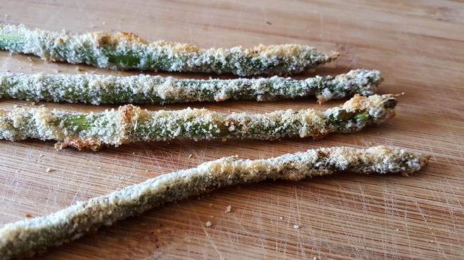 Photo of Sprøde asparges med parmesan