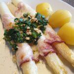 Hvide asparges i ovnen
